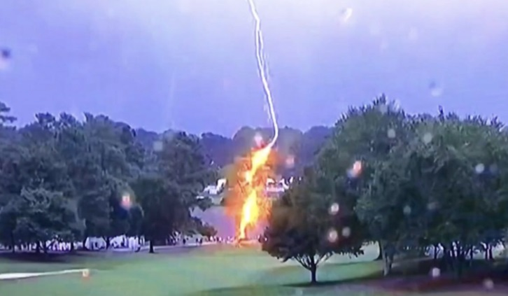 Six Fans Struck By LIGHTNING While Watching FedEX Cup PGA Tour In Atlanta – Pros Take Shelter
