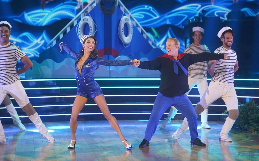 DWTS Becomes Pro-Trump Show – Spicer Makes Mockery Of Dance Competition While Ratings Fall
