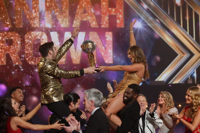 ABC Reality Star Wins ABC Dancing Show – DWTS Finale Ratings LOWEST Ever