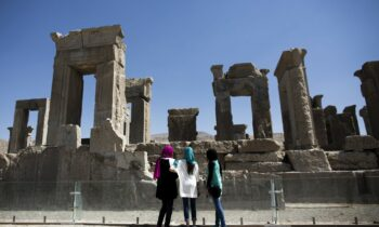 Pentagon Overrules Trump – Would NOT Target Iran's Historical & Cultural Sites