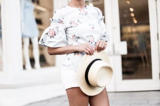 Floral Flounce Sleeve H&M short high waist white shorts target women's boater hat floral blue flounce-sleeved blouse stripe ankle strap sandals platinum blonde hair spring southern street style downtown // Charleston Fashion Blogger Dannon Like The Yogurt