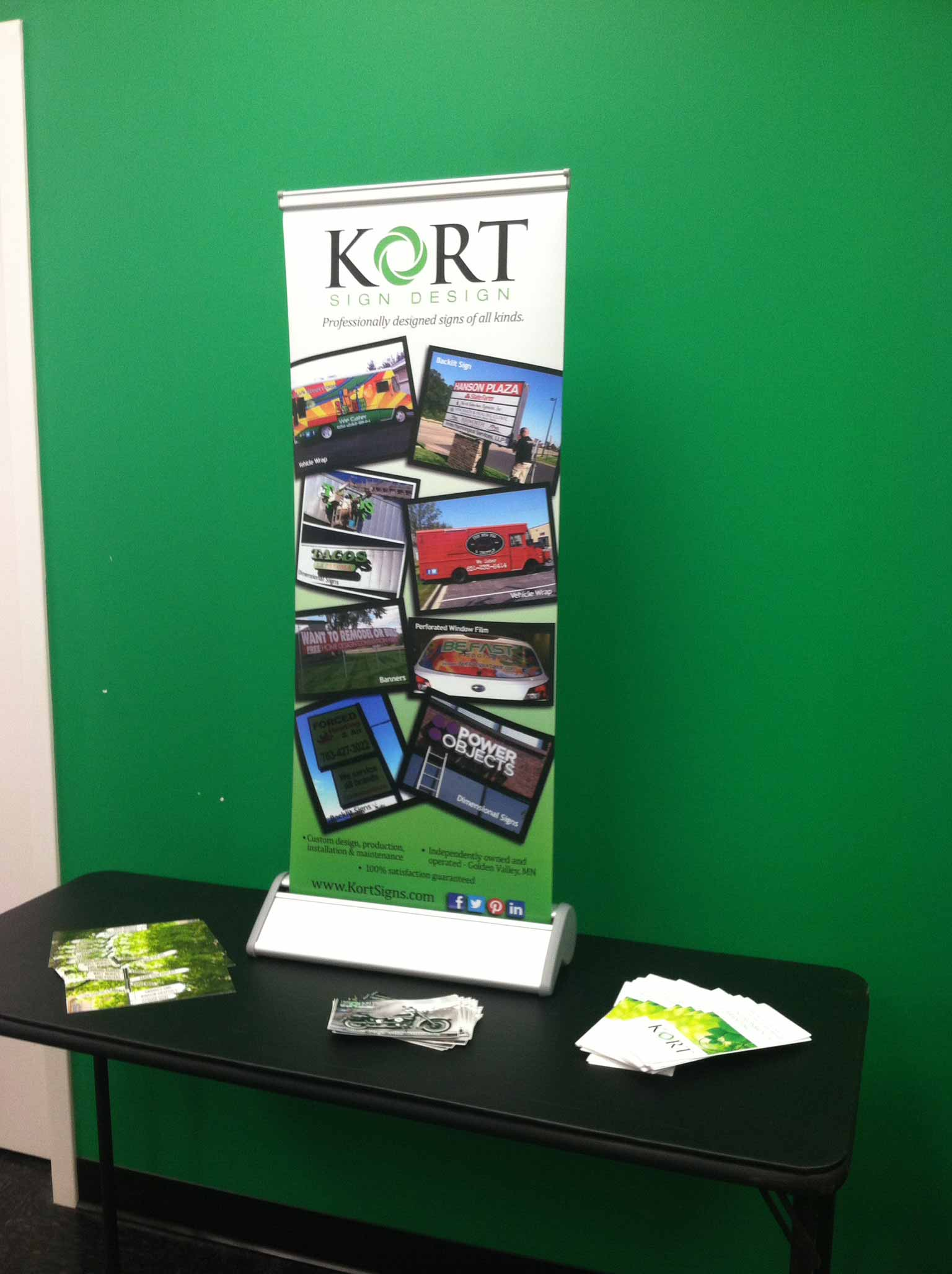 trade show banner kort signs