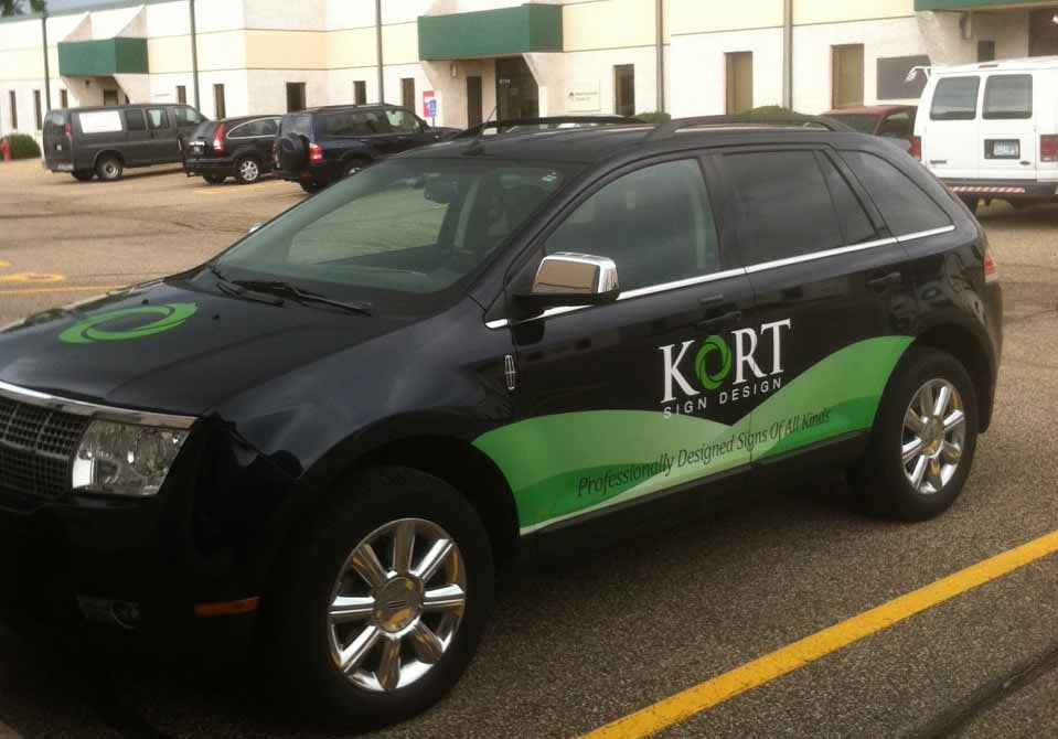 van decal korts sign design