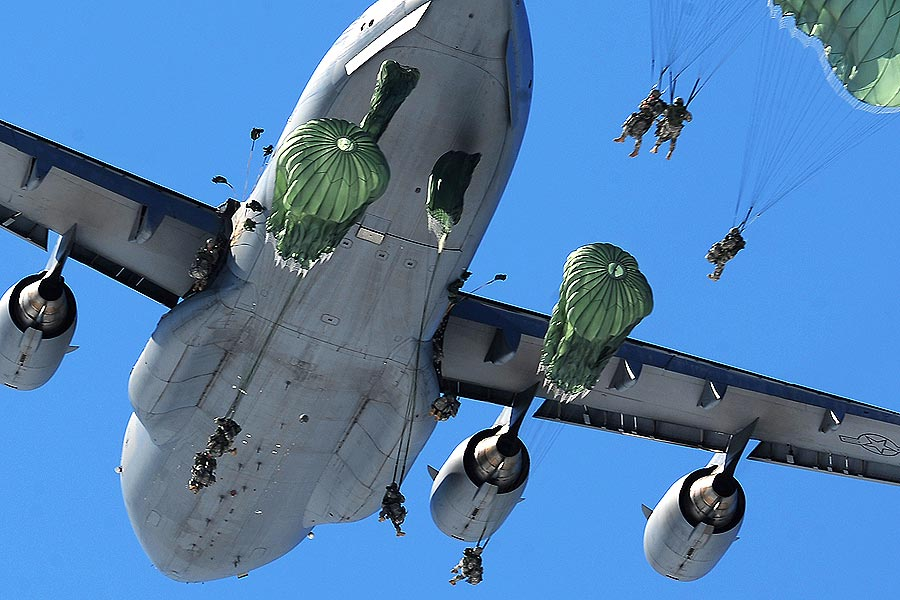 Army Soldiers Drop In