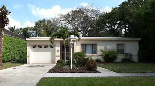 real-estate-naples-florida-small-house
