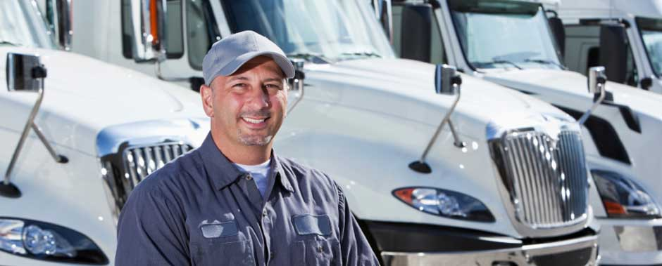 slideshow_trucking_employee