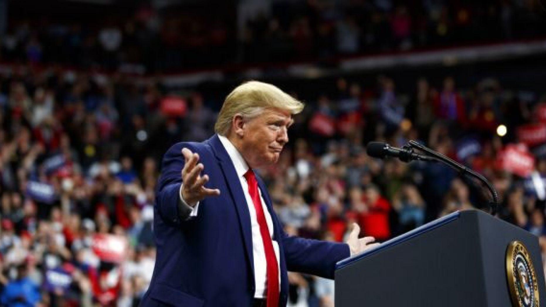 Trump Harangues Biden at Chaotic Rally in Minneapolis