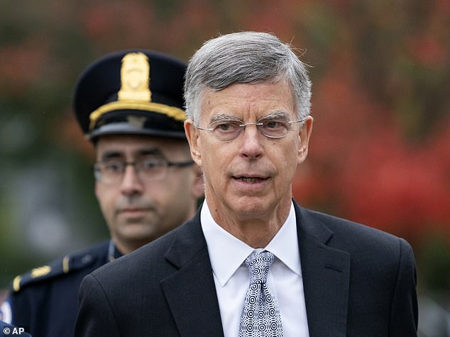Holmes' Closed Door Testimony Crumbles After Taylor's Testimony