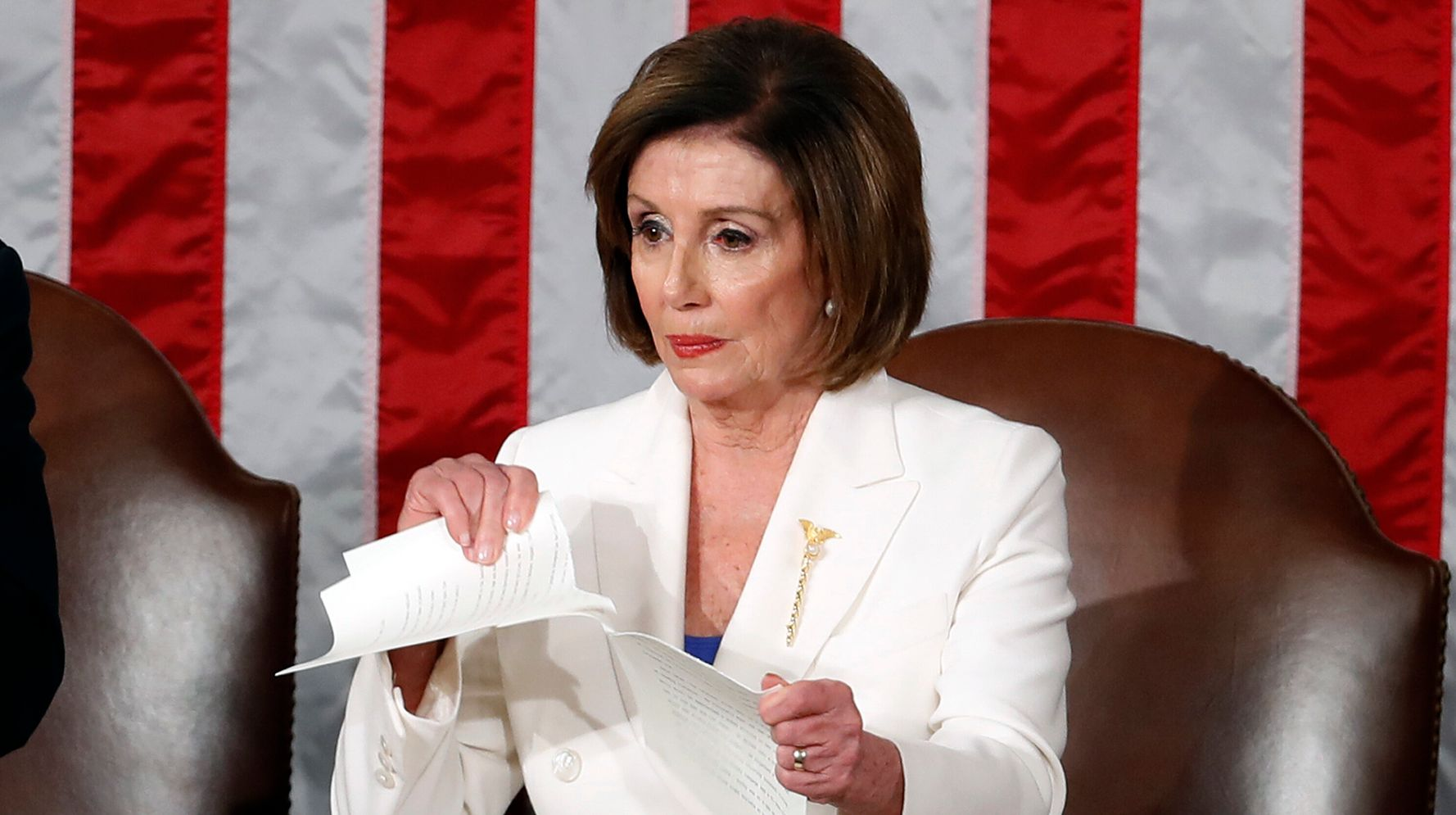 A Frustrated Nancy Pelosi Rips Up Trumps State of the Union Speech!