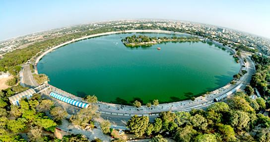 8 Reasons Why Living in Ahmedabad is Awesome !