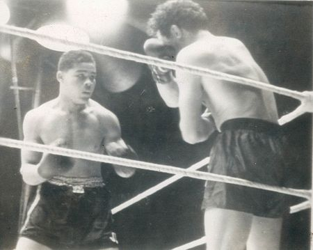 Joe Louis vs. Max Baer in 1935 (CLICK PHOTO TO VIEW FIGHT ACTION)