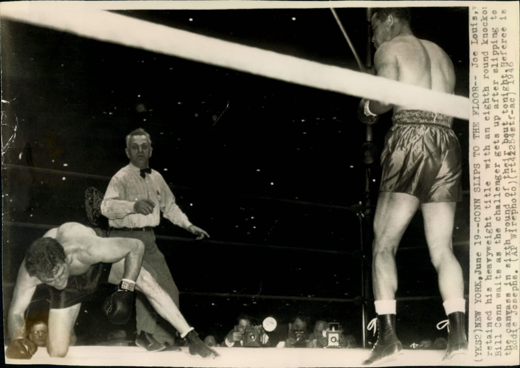 Joe Louis vs. Billy Conn on June 19, 1946 in New York (CLICK PHOTO TO VIEW FIGHT CLIP)