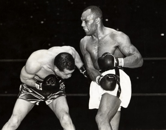Joe Louis vs. Jersey Joe Walcott ii on June 25, 1948 in New York (CLICK PHOTO TO VIEW FIGHT CLIP()