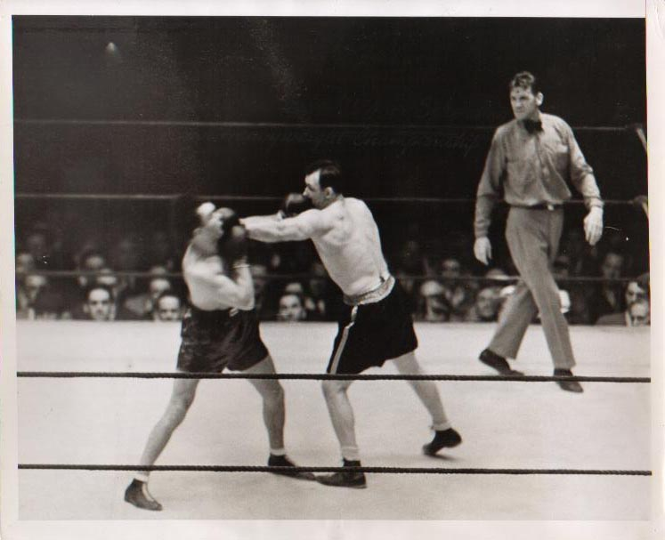 Sharke vs. Schmeling II in 1932 (CLICK PHOTO TO VIEW FIGHT CLIP)
