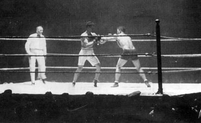 Champion Jack Dempsey vs. Bill Brennan in 1920