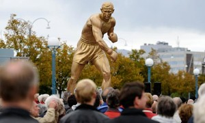 Statue of Johansson in Sweden