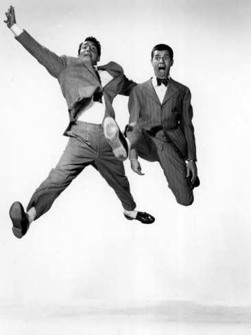 M&Ljumping-jacks-dean-martin-jerry-lewis-1952-jumping