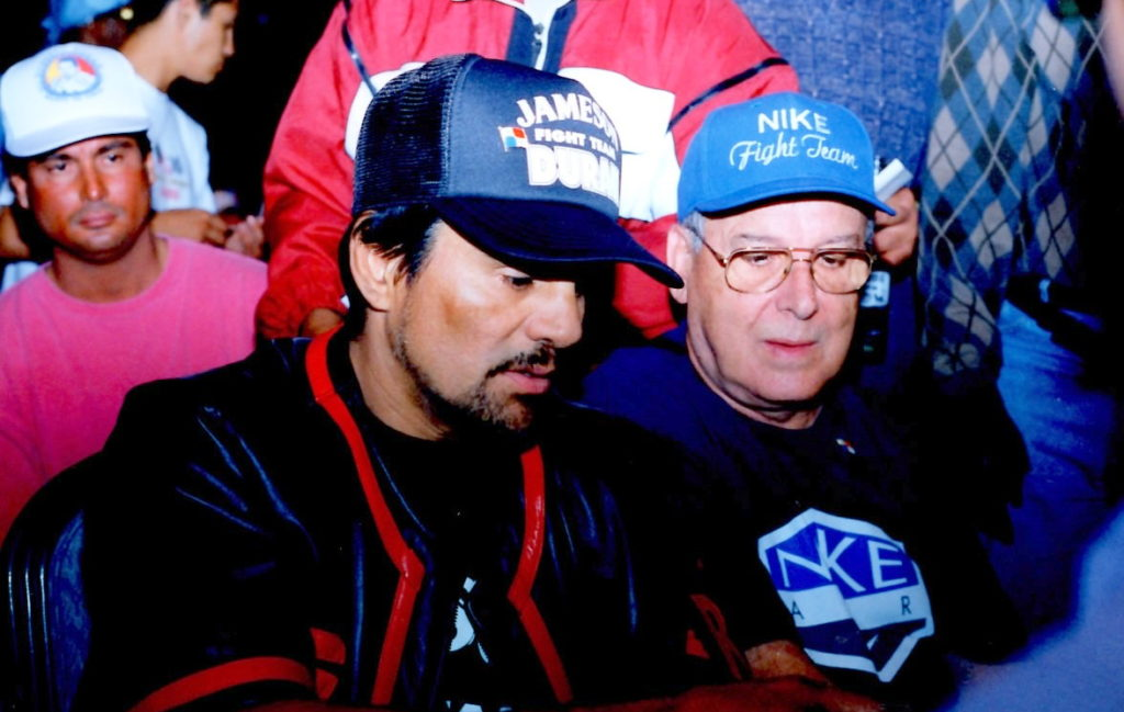 Roberto Duran in Las Vegas in 1998 before his bout with William Joppy.