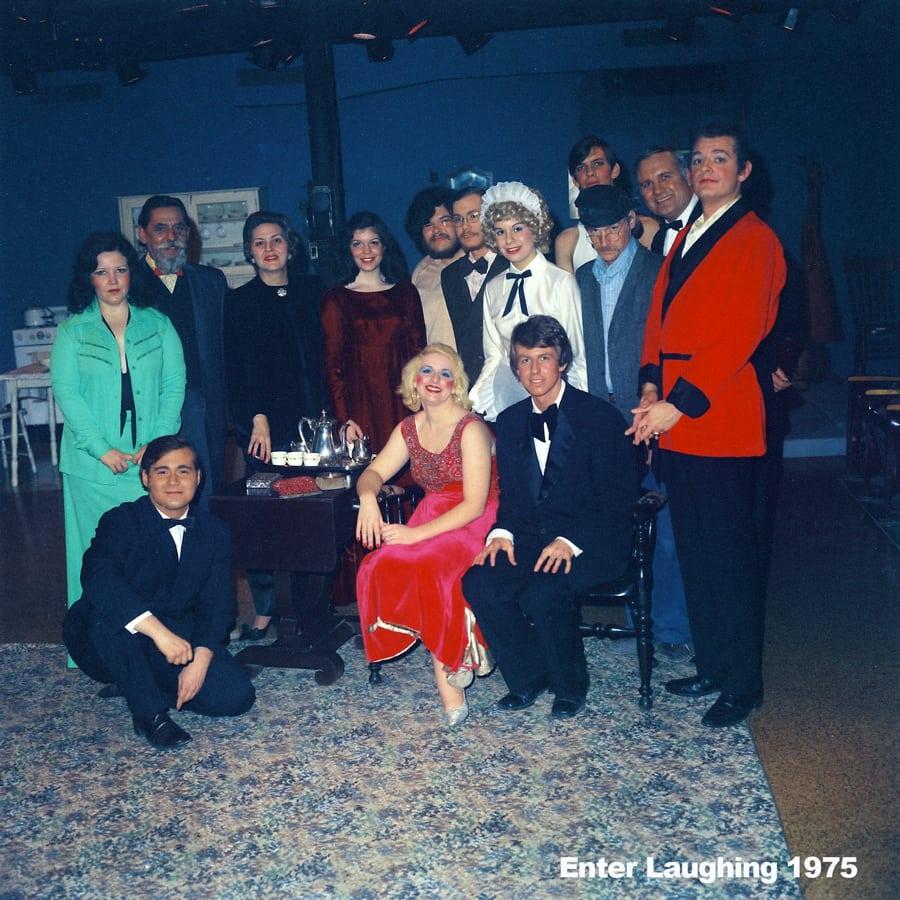 1975-Enter-Laughing-photo