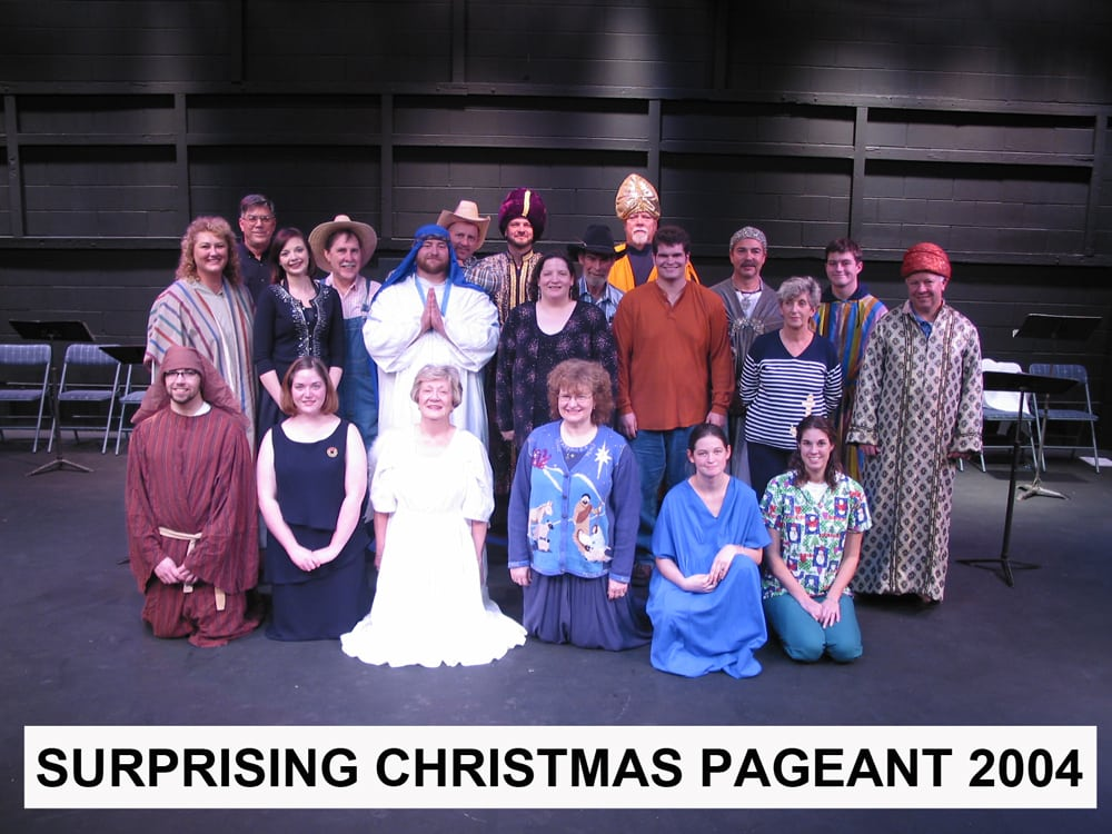 2004-Dec-Surprising-Christmas-Pageant-cast-photo