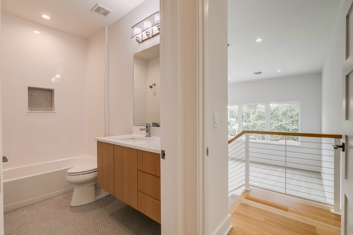 Additional-Guest-Bath-outside-the-Large-Bonus-Room-Upstairs