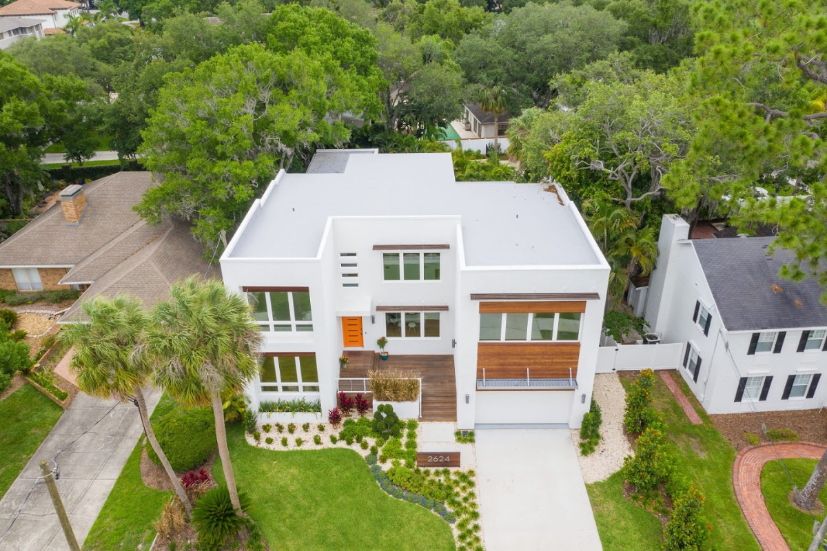 Ariel-at-2624-N-Dundee-Luxury-Home-Cristan-Fadal-Real-Estate