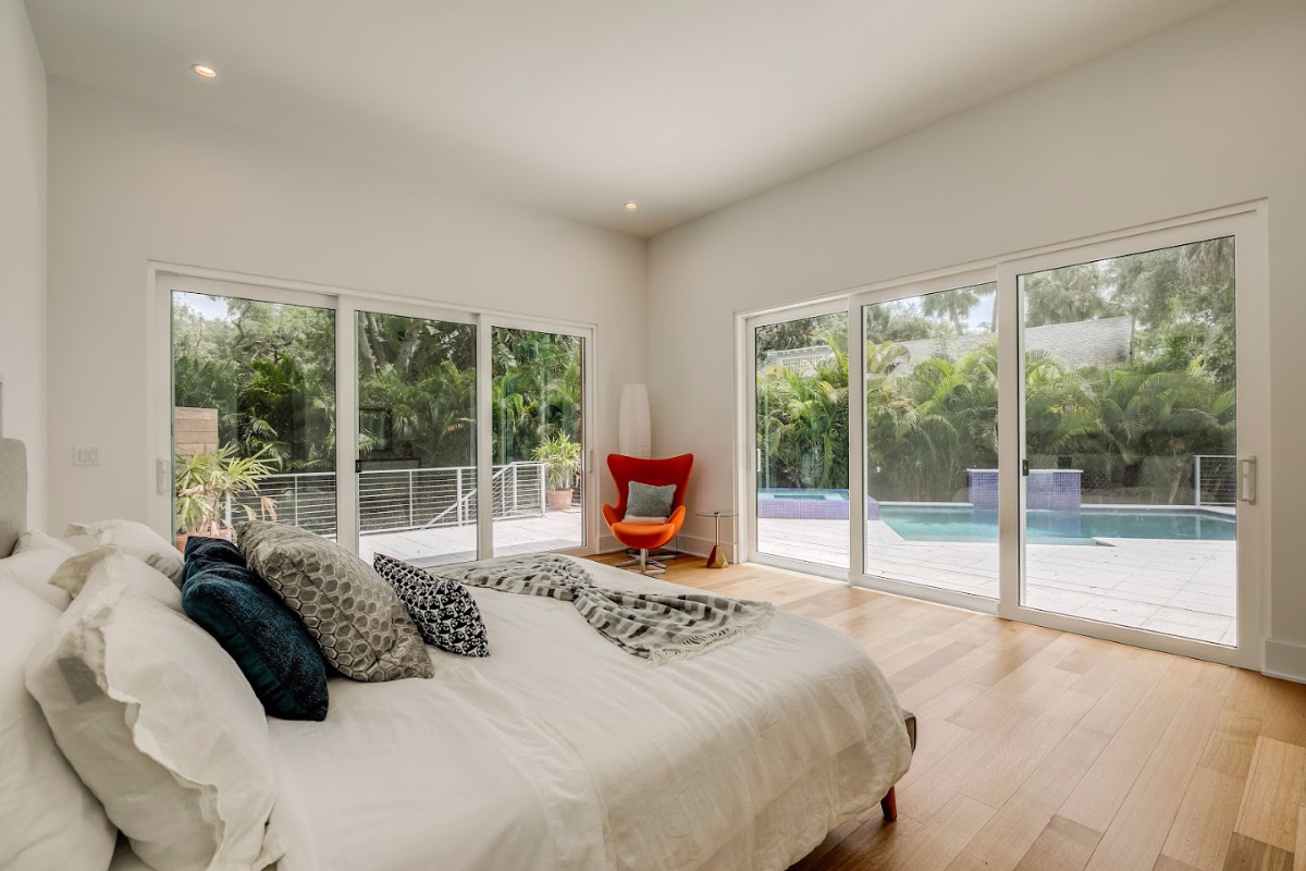 Bring-the-Outside-In-Master-Suite-at-2624-N-Dundee-Luxury-Living-Tampa