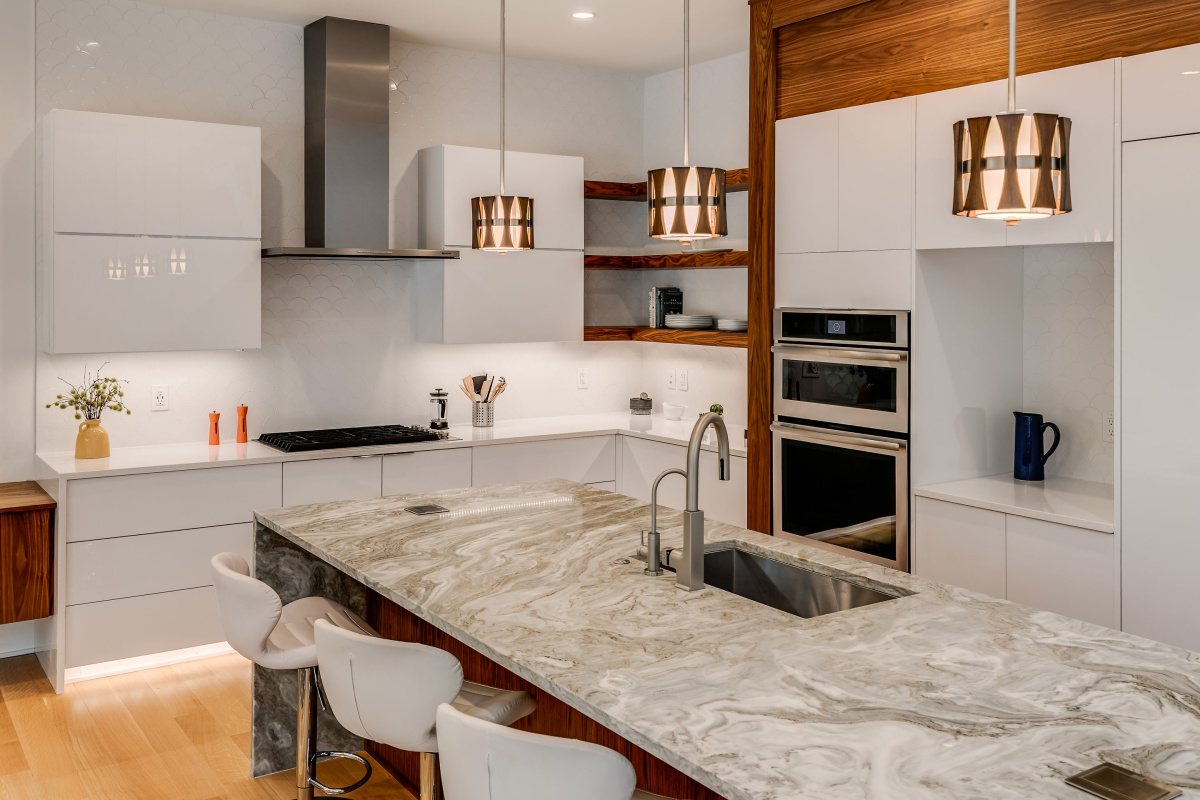Mid-Century-Inspired-Pendant-Lighting-Add-that-Special-Touch-Luxury-Homes-Tampa