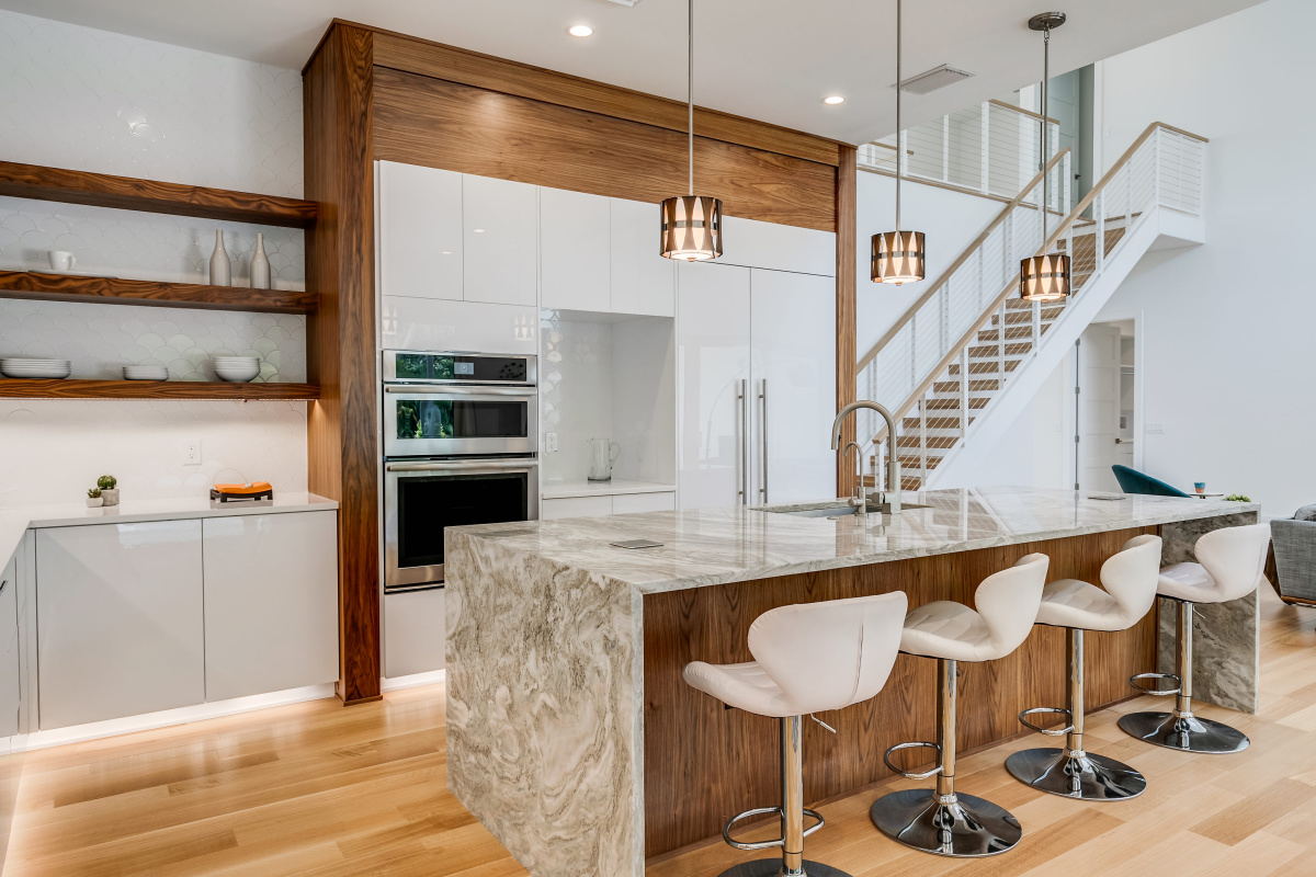 Walnut-and-White-Acrylic-Wrapped-Designer-Kitchen-Cabinets-Tampa-Luxury-Homes-Cristan-Fadal