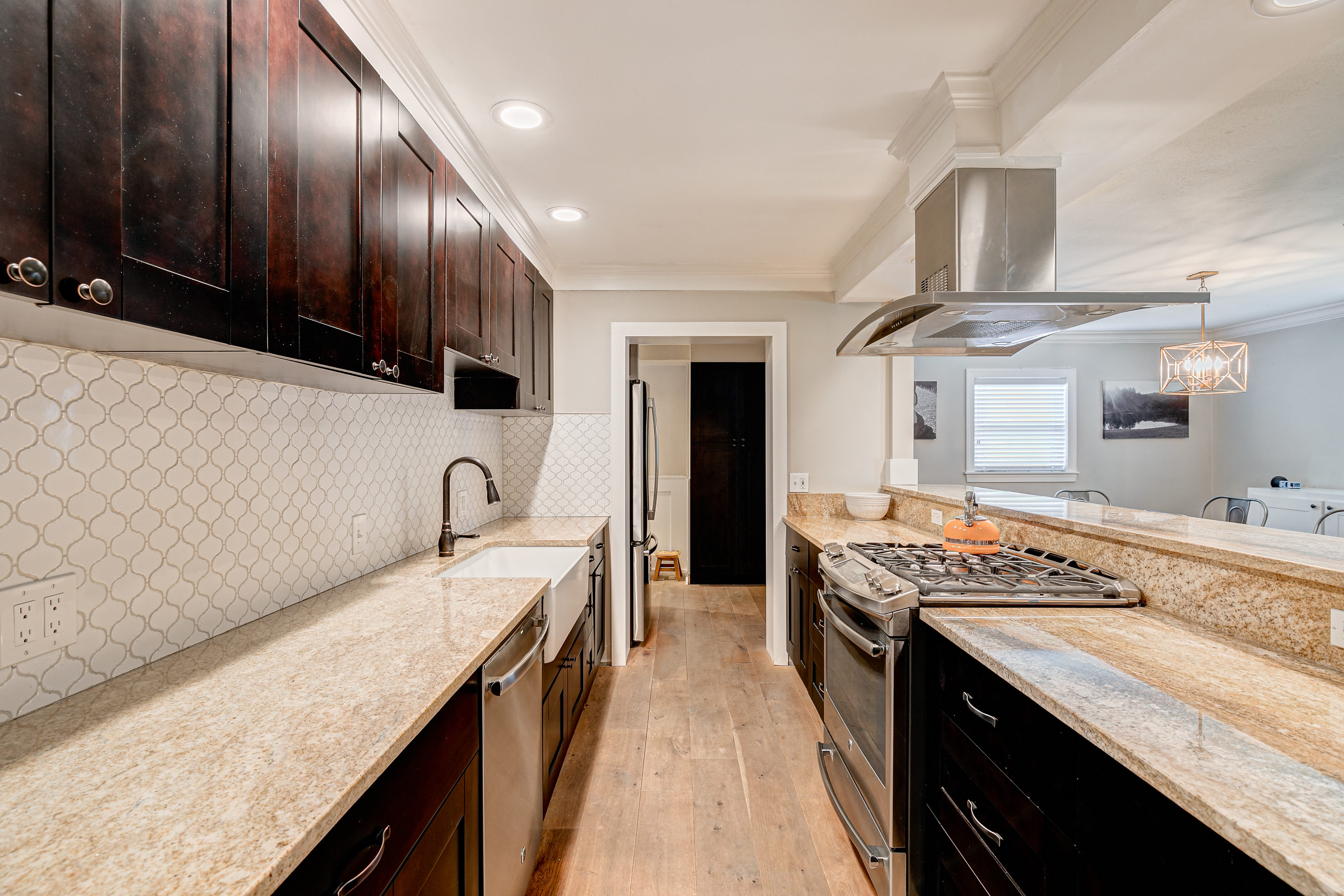 409-Erie-Granite-Countertops-Davis-Islands-Cristan-Fadal