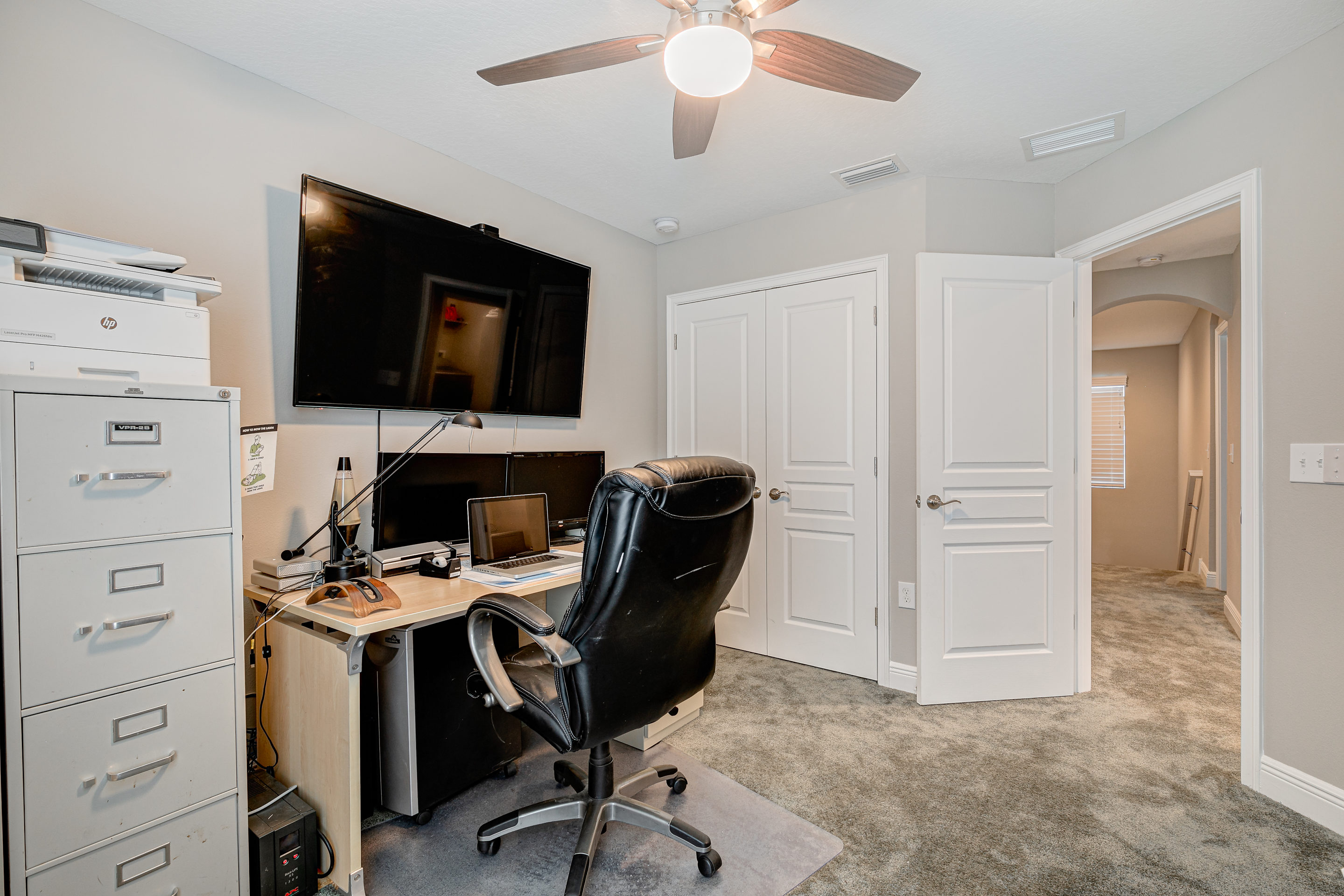 Guest-Bedroom-or-Office-at-406-Chippewa-Ave-Cristan-Fadal