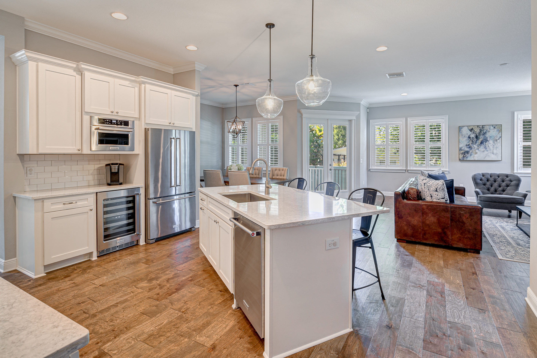9-518-Severn-Ave-Davis-Islands-Homes-Cristan-Fadal-Real-Estate