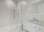 91 Davis Blvd Condo Guest Bathroom Cristan Fadal Davis Islands Real Estate