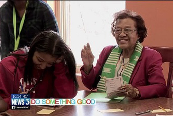 Do Something Good: 91-year-old woman passes pearls of wisdom to young girls of color