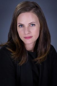 Kerri Ryer headshot