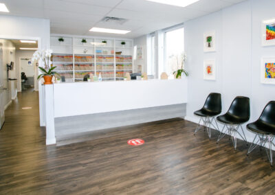 Reception and siting for patients | Jaime mes Dents