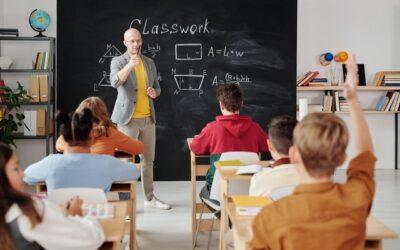 Cómo inscribir a los niñosen escuelas de EEUU