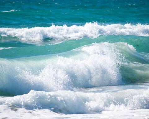 photo of tumultuous waves