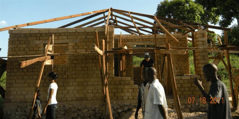 Photo of house construction in Haiti