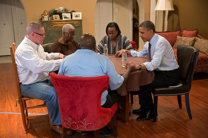 800px-Barack_Obama_in_Falls_Church,_Virginia
