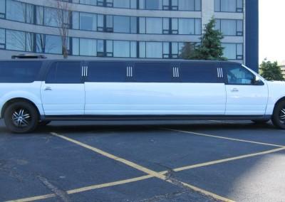 Limousine Services of Niagara (NAV TUC ECB) (6)