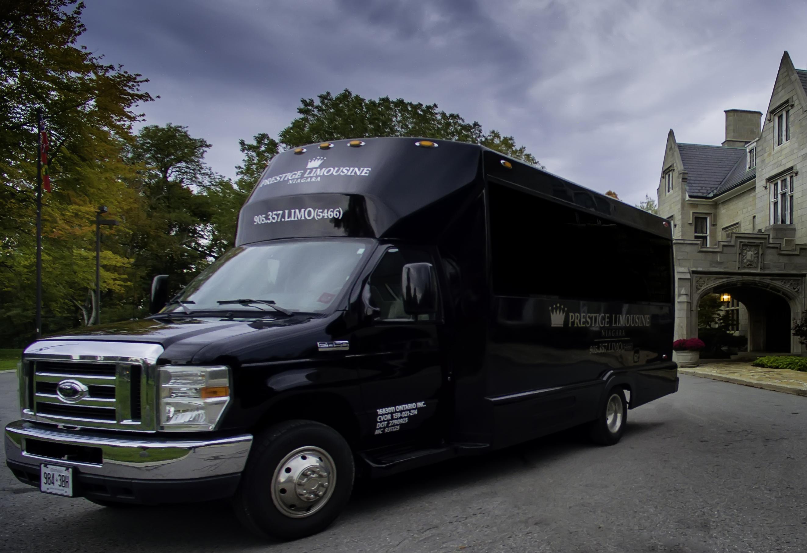 Prestige Limousine Niagara Fleet (5)