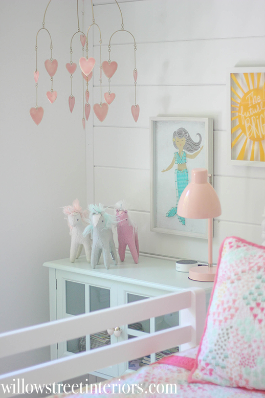 Sweet Little Girls Room Idea
