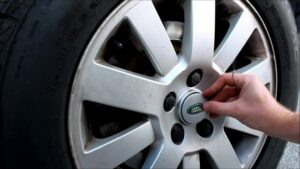 Land Rover Wheel Center Cap Replacement