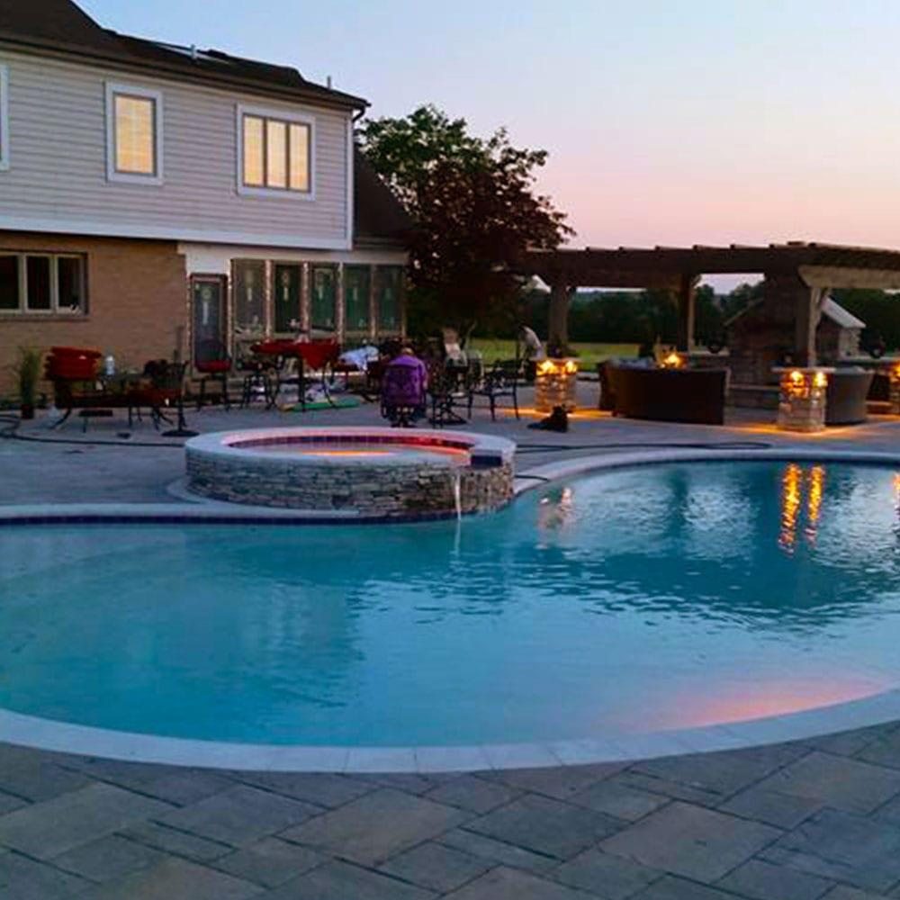 Custom Pools Builder Cincinnati