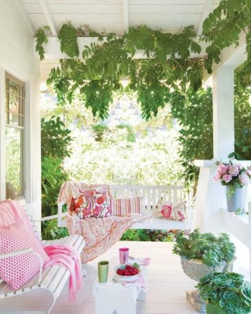 Hanging Around: Our Favorite Swings & Rockers for the Porch