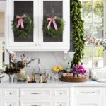 Holiday Decorating Ideas: Gorgeous Wreaths and Garlands!