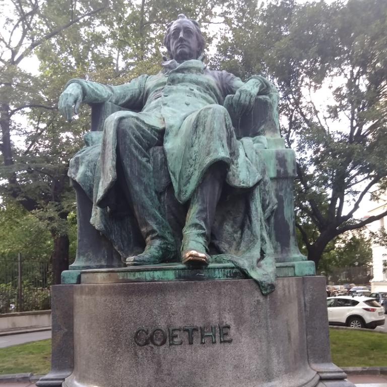 Goethe, Denkmal in Wien