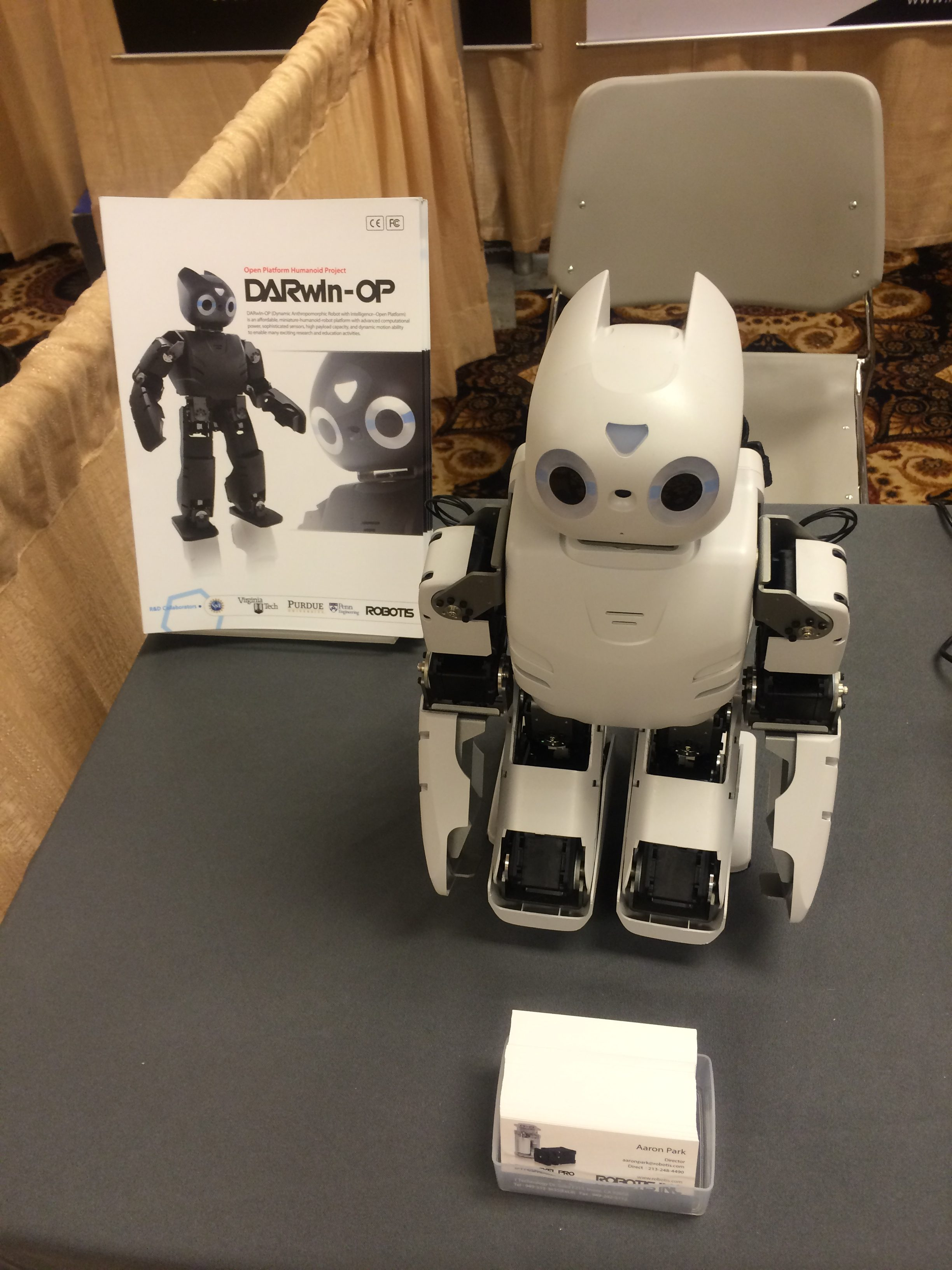 Darwin Robot