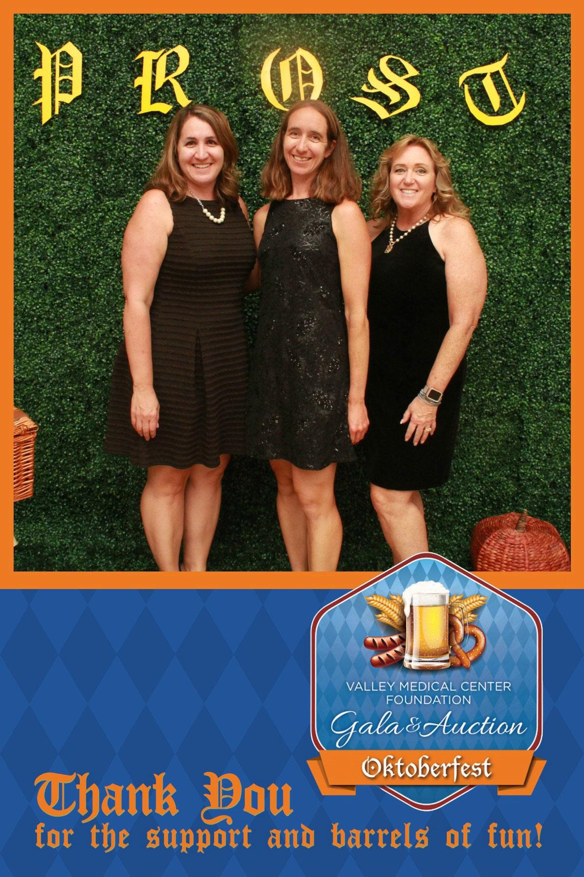 Jessica, Darcy & Bonnie Supporting VMC Foundation – VMC Gala